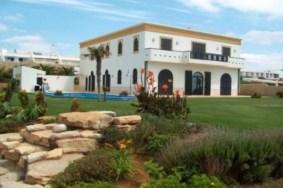 Algarve                Villa                 til salgs                 Praia da Luz,                 Lagos