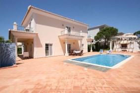 Algarve                 Villa                 for sale                 Vale da Quinta Village,                 Loulé
