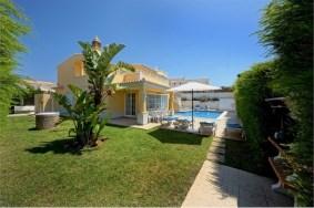 Algarve                 Villa                 for sale                 Sesmarias - Albufeira,                 Albufeira