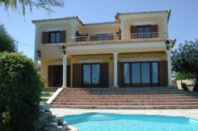 Algarve                 Einfamilienhaus                  zu verkaufen                  Santa Bárbara de Nexe,                  Loulé