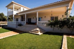 Algarve                Moradia                 para venda                 Near Almancil,                 Loulé