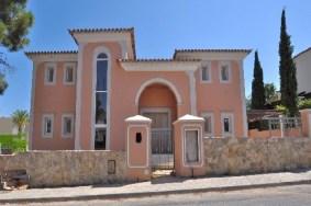 Algarve                 Moradia                  para venda                  Quinta Do Mar,                  Loulé