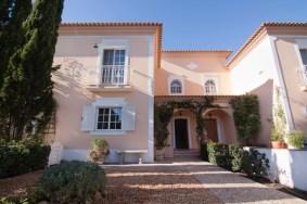 Algarve                 Townhouse                 for sale                 Almancil,                 Loulé