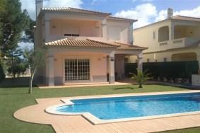 Algarve                Maison                 à vendre                 Vilamoura,                 Loulé