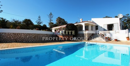 Villa  for sale  Meia Praia  Lagos,Algarve