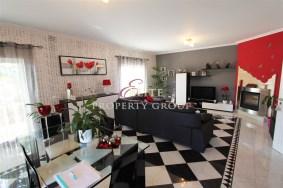 Algarve                 вилла                  для продажи                  Urbanizaçao Belavista,                  Lagoa