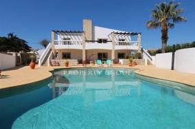 Algarve                 Chalet                 en venta                 Almadena,                 Lagos