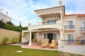 Algarve                 Piso                 en venta                 Dunas Douradas,                 Loulé