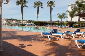Algarve                 huoneisto                 myytävänä                 Porto de Mós,                 Lagos