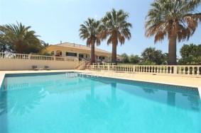 Algarve                 Chalet                 en venta                 Sargaçal,                 Lagos