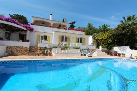 Algarve                别墅                 转让                 Funchal ,                 Lagos