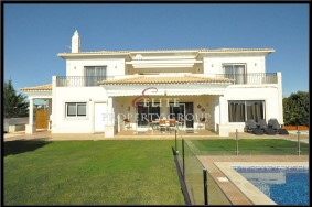 Algarve                 Chalet                 en venta                 Galé,                 Albufeira