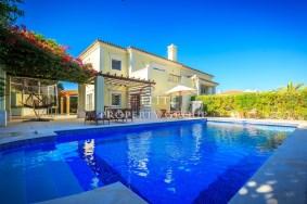 Algarve                 Chalet                 en venta                 Quinta do Mar,                 Loulé