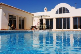 Algarve                 Villa                 for sale                 Barão S. Miguel,                 Lagos