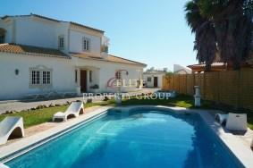 Algarve                huvila                 myytävänä                 Guia (Albufeira),                 Albufeira