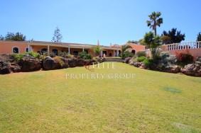 Algarve                 Villa                 for sale                 ,                 Portimão