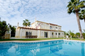 Algarve                huvila                 myytävänä                 Fonte Algarve,                 Loulé