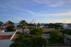 Algarve                 Townhouse                 for sale                 Olhos de Agua,                 Albufeira