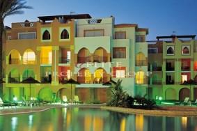 Algarve                 Townhouse                 for sale                 Meia Praia,                 Lagos