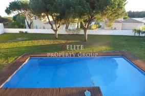 Algarve                 Chalet                 en venta                 Varandas Do Lago,                 Loulé