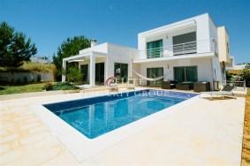 Algarve                 Villa                 for sale                 Central Algarve,                 Silves
