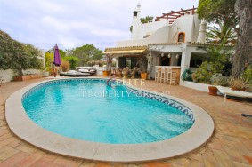 Algarve                 Chalet                 en venta                 Almancil - Quinta do Lago,                 Loulé
