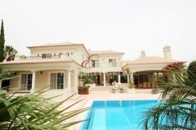 Algarve                 Chalet                 en venta                 Vilamoura Vila Sol,                 Faro