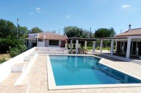Algarve                 Finca                 en venta                 Moncarapacho,                 Olhão