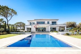 Algarve                 Villa                 for sale                 Quinta do Lago,                 Faro