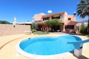 Algarve                 Villa                 for sale                 Gambelas,                 Faro