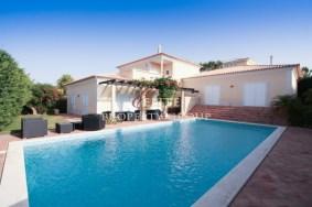 Algarve                 Moradia                  para venda                  Varandas Do Lago,                  Loulé