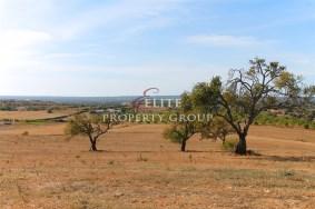 Algarve                 Land                  zu verkaufen                  Luz,                  Lagos