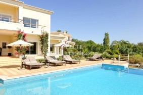 Algarve                 вилла                  для продажи                  Carvoeiro,                  Lagoa