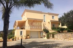 Algarve                  Villa                  for sale                  Santa Bárbara de Nexe,                  Faro