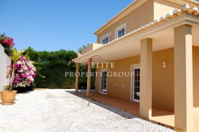 Algarve                 Villa                  til salgs                  Porto de Mós,                  Lagos