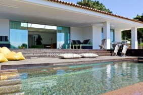 Algarve                 huvila                 myytävänä                 Malveira da Serra,                 Cascais