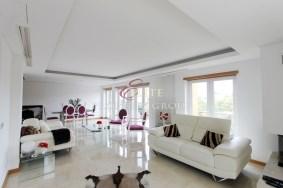 Algarve                 Piso                 en venta                 Monte Estoril,                 Cascais