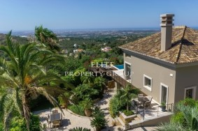Algarve                فيلا                 للبيع                 Santa Barbara de Nexe,                 Loulé