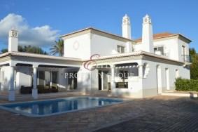 Algarve                别墅                 转让                 Quinta Verde,                 Loulé