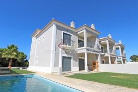 Algarve                 Villa                  till salu                  near Vila Sol,                  Loulé