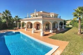 Algarve                 Chalet                 en venta                 Vila Sol,                 Loulé