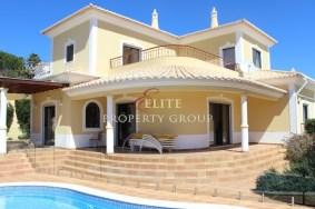 Algarve                 Villa                  for sale                  Albardeira,                  Lagos