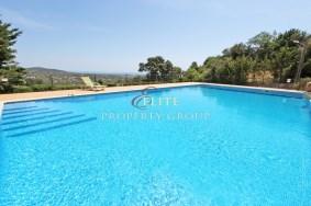 Algarve                 Villa                  te koop                  Santa Barbara de Nexe,                  Faro