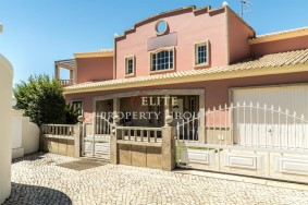 Algarve                Guesthouse / B + B                 till salu                 Albufeira,                 Albufeira