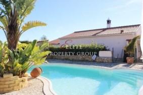 Algarve                  Villa                  for sale                  Mexilhoeira Grande,                  Portimão