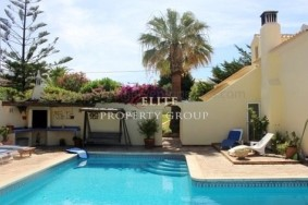 Algarve                Moradia                 para venda                 Fonte Santa ,                 Loulé