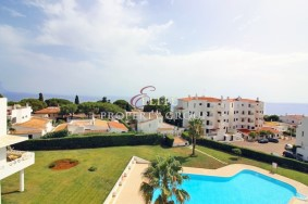 Algarve                 Appartement                  à vendre                  Olhos de Água,                  Albufeira