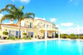 Algarve                 Villa                  till salu                  São Clemente,                  Loulé