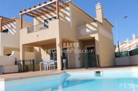 Algarve                 Villa                  till salu                  Burgau,                  Vila do Bispo