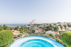 Algarve                 Einfamilienhaus                  zu verkaufen                  Caxias,                  Oeiras